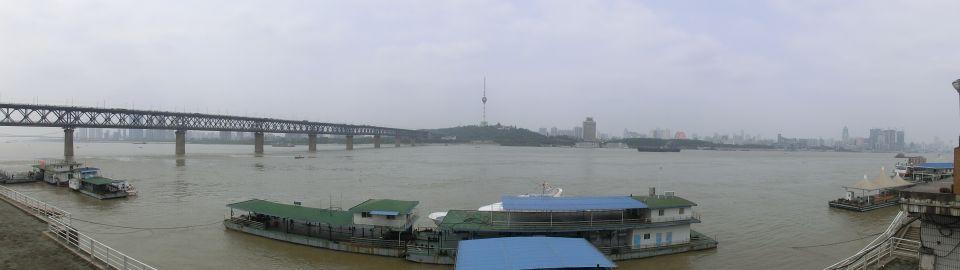 武漢市長江