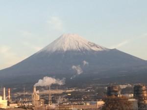 新幹線から富士山
