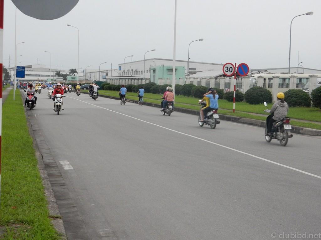 ベトナム出勤風景