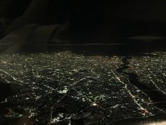 大阪上空の夜景