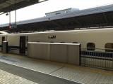 新大阪駅27番ホーム