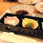 食事会で天ぷらとステーキを食べる-クローン食事110208