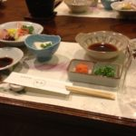 刺身と牛肉とカニ蒸しとフライ盛り合わせと茶碗蒸しとか-クローン病食事130116