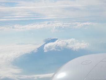 飛行機内から富士山