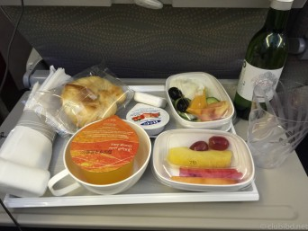エミレーツ航空機内食
