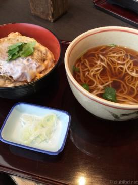 稲田屋親子丼セット