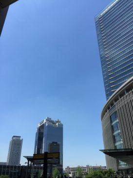 五月晴れ!グランフロント大阪前