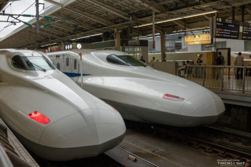 東京駅のぞみ号