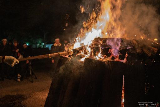 伊勢神宮外宮の焚き木